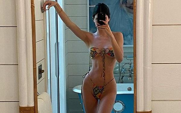 Cả showbiz đang thi nhau diện 1 kiểu bikini sexy khiến bất cứ ai cũng phải