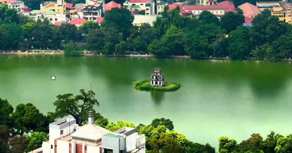 Tại sao sống ở Hà Nội lại đắt đỏ hơn TP.HCM?