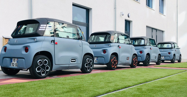 4 mẫu xe ô tô điện nhỏ xinh thích hợp di chuyển trong thành phố cho chị em