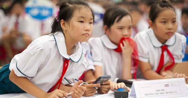 """Hà Nội cho nghỉ hè sớm chờ đến trường mới kiểm tra học kỳ, phụ huynh người lo ngay ngáy vì sợ kiến thức con """"rơi vãi"""", người phấn khởi vì """"mong nghỉ từ lâu"""""""