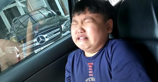 Bi béo khóc mếu vì bị anh Minh Bủm trêu, đang ở nơi công cộng mà bố Xuân Bắc có pha xử lý khiến ai cũng gật gù