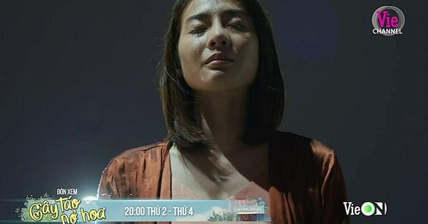 Cây táo nở hoa lộ cảnh quay cực ám ảnh: Vợ bác sĩ Tuấn tự tử ngay trước mặt con gái nhỏ, vì đâu nên nỗi?