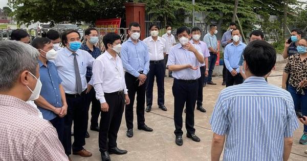Dịch tại Bắc Giang 'rất nóng', Bộ trưởng Y tế đề nghị nâng mức phong tỏa