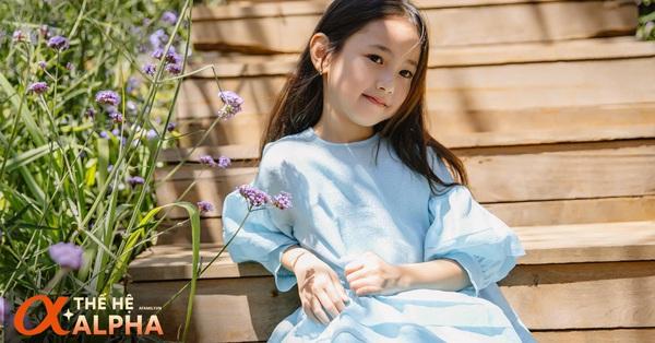 Con gái Hà Kiều Anh xinh như thiên thần lại giỏi đối đáp, chỉ 1 cuộc trò chuyện đã thấy mẹ khéo nuôi con thế nào