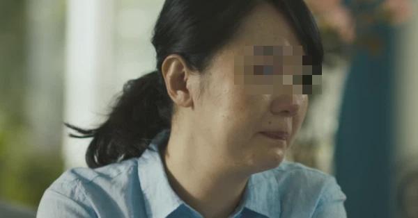 """Nhận tin chồng gặp tai nạn, vợ vội vã đến bệnh viện nhưng gặp cảnh tượng """"tức xì khói"""", kiên quyết ly hôn và kiện chồng đòi bồi thường"""