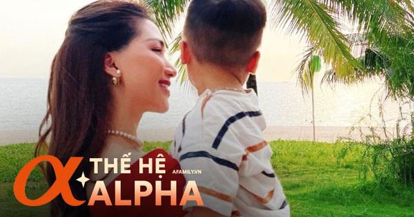 Không chỉ thuộc làu làu bản hit của mẹ, Alpha Kid nhà Hòa Minzy còn khiến mọi người phải thốt lên: