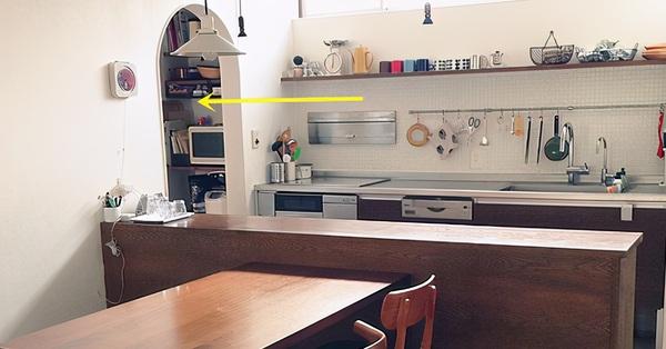 Đừng lắp tủ bếp âm tường nữa, học ngay căn bếp Nhật với khu lưu trữ 1m², hiệu quả thật đáng kinh ngạc