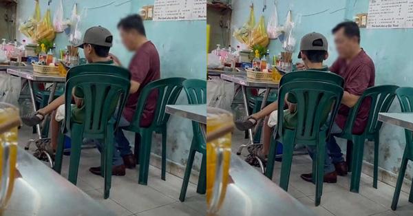 Hai bố con cùng vào quán ăn bún, hành động của ông bố khiến ai nấy thở dài: Yêu con thế này bằng mười hại con
