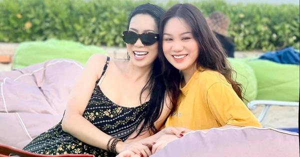 Á hậu kín tiếng dính lùm xùm với bà Phương Hằng - vợ ông Dũng Lò Vôi: 59 tuổi vẫn tốt nghiệp đại học, gây ngạc nhiên vì cách dạy con