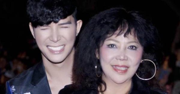 Nathan Lee khoe hình chụp với mẹ, nhan sắc thật không hổ danh là cựu Hoa khôi đại học Ngoại Thương