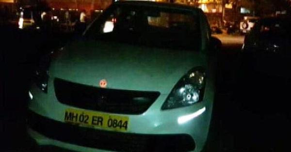 Tài xế taxi nhận chở nữ sinh 13 tuổi đến điểm hẹn nhưng không thấy ai ra đón, hỏi han vài câu liền lập tức báo cảnh sát