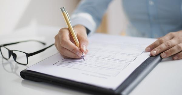 4 cách giúp bạn vẫn có thể mua bảo hiểm dù tài chính không dư giả