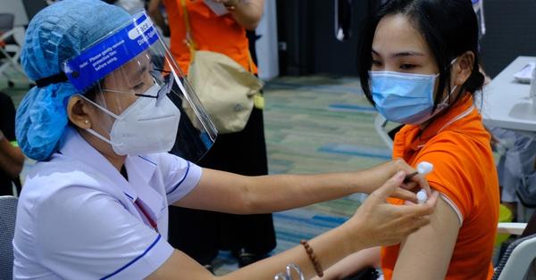 Sở Y tế TP.HCM họp đến 2 giờ sáng chuẩn bị cho chiến dịch tiêm chủng lớn nhất lịch sử