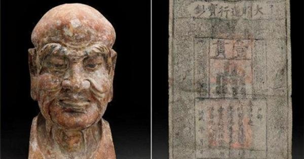 Tờ giấy nhỏ trong bức tượng gỗ cổ hơn 600 năm tuổi tiết lộ hành động lén lút của đàn ông thời xưa đối với vợ