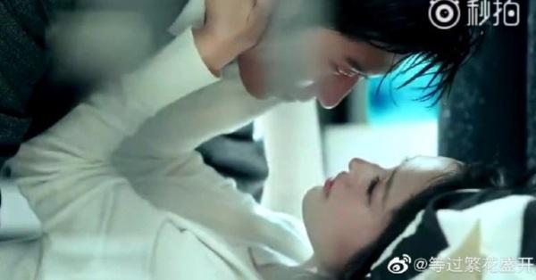 Hải thượng phồn hoa: Netizen tức giận vì cảnh hôn môi và ân ái 18+ của Lý Thấm - Đậu Kiêu bị cắt phũ phàng