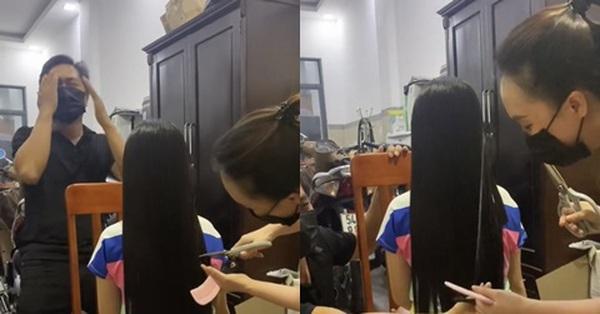 Không thể ra ngoài vì dịch, người mẹ tự cắt tóc cho con gái nào ngờ ông bố lại khóc đến