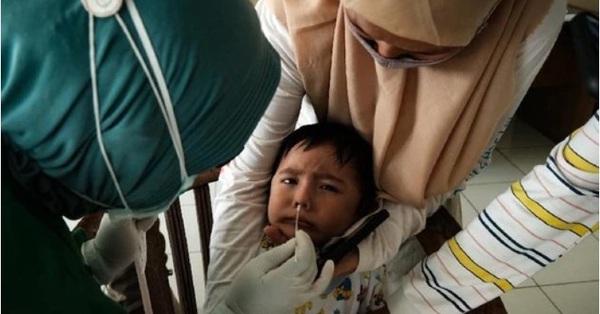 Indonesia: Tỉ lệ trẻ em tử vong do nhiễm SARS-CoV-2 đang ở mức báo động
