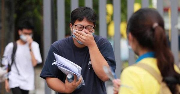 ĐIỂM CHUẨN xét tuyển đại học 2021: Với 15 điểm, thí sinh vẫn có thể đỗ trường xịn, còn được ra nước ngoài học ngoại ngữ
