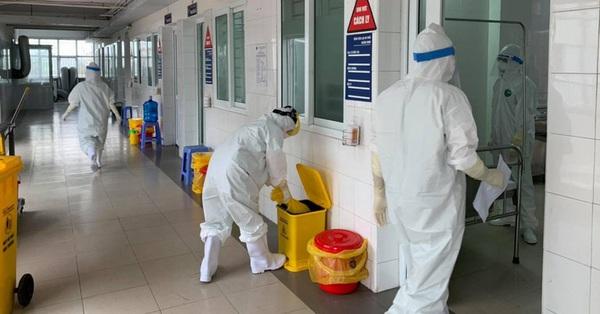 Hà Nội ghi nhận thêm 19 trường hợp dương tính SARS-CoV-2 tại 7 chùm ca bệnh, tổng số ca mắc trong ngày là 64 ca