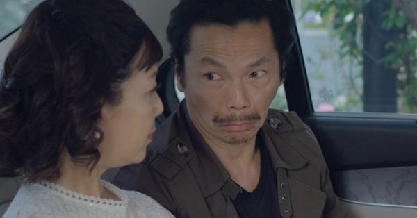 NSND Trung Anh đóng cảnh ngoại tình trên xe hơi với NSƯT Chiều Xuân: Sáng đưa chủ đi làm, chiều về hú hí với vợ chủ