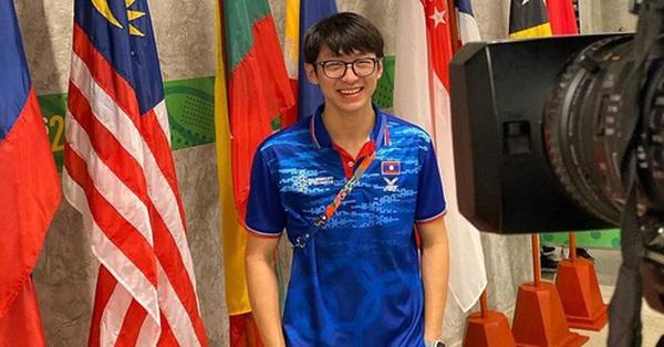 Trai đẹp cầm cờ tại Olympic 2020: Con lai Việt - Lào, ôm trọn combo mặt đẹp + body