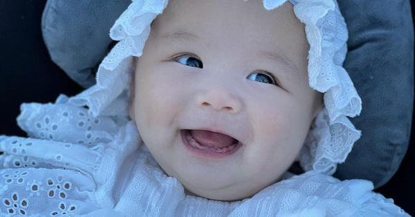 Hình ảnh xinh như búp bê của con gái An Nguy
