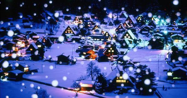 Ngắm những ngôi nhà đẹp như cổ tích lung linh trong mùa Giáng sinh