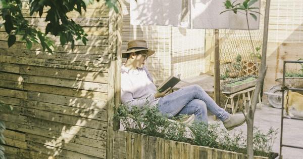 Chàng trai 8X đam mê nhiếp ảnh biến mảnh đất hoang thành khu vườn đậm màu Vintage rộng 20m² ở Hà Nội