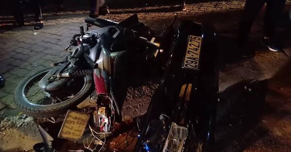Hà Nội: Nữ tài xế xe Lexus đâm liên hoàn 8 xe máy, nhiều người nhập viện