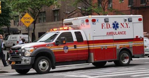 Thực hư câu chuyện tài xế xe cứu thương đang chạy thì bị đau tim, bệnh nhân phải tự lái xe đến viện gây xôn xao MXH