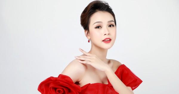 Sam bất ngờ đại diện cho Facebook Việt Nam làm host gameshow mới