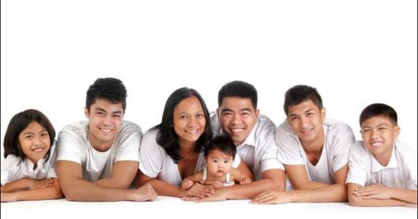 Bà mẹ từng nuôi 5 con bằng sữa mẹ chia sẻ những bài học quý giá không mẹ nào muốn bỏ qua