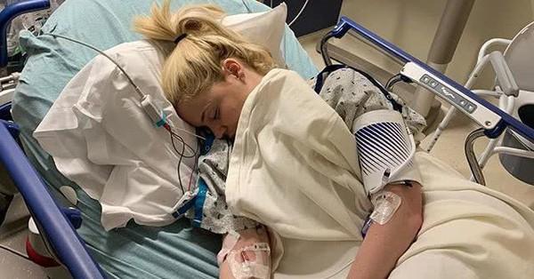 Thêm một ngôi sao mắc bệnh suy thận giống Selena Gomez, cảnh báo phụ nữ căn bệnh dẫn đến biến chứng nguy hiểm