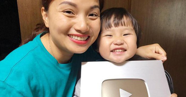 Giải mã sức hút của Quỳnh Trần JP và bé Sa trong những ngày vừa qua: Cũng dung dị, tự nhiên nhưng vẫn dễ thương vô cùng!