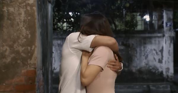 Hoa hồng trên ngực trái: Bảo cưỡng hôn Khuê và đoạn kết khiến ai cũng thương