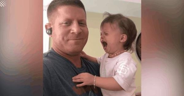 Con gái gào khóc vô cớ, ông bố cao tay áp dụng tuyệt chiêu
