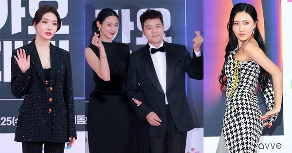 Thảm đỏ nóng nhất Kbiz dịp cuối năm: Vắng bóng những tên tuổi lớn, Seolhyun (AOA) xinh đẹp đọ sắc cùng dàn mỹ nữ Twice