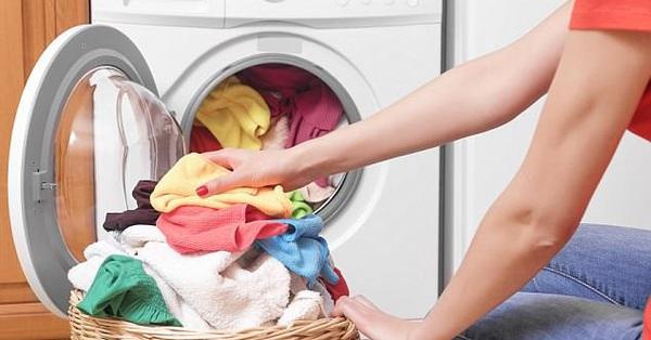 Các nghiên cứu cho thấy giặt quần áo trẻ sơ sinh bằng máy giặt có khả năng khiến con bị mắc các bệnh nguy hiểm