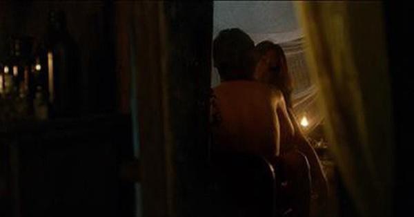Phim về bùa ngải ''Thiên linh cái'' gây sốc khi tung teaser đầy cảnh 18+ của hàng loạt diễn viên nữ, trong đó có cả... Hoàng Yến Chibi