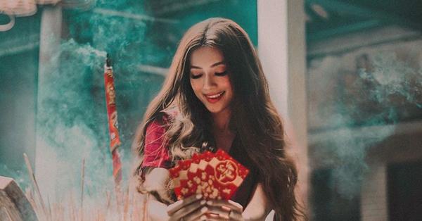 Hot girl ''công chúa tóc mây'' gốc Việt khoe ảnh đi lễ chùa cực đằm thắm ở Trà Vinh dịp Tết