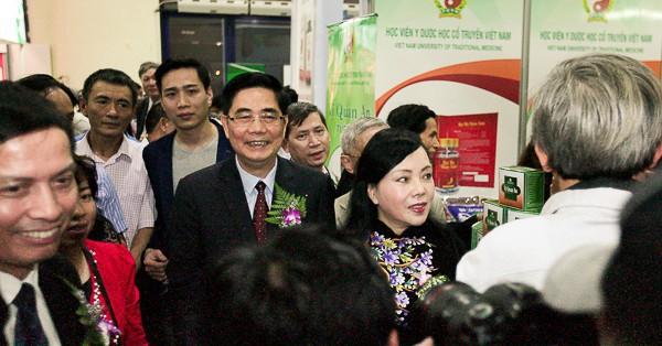 Bộ Y tế phối hợp với Bộ Nông nghiệp và Phát triển Nông thôn tổ chức Hội chợ dược liệu