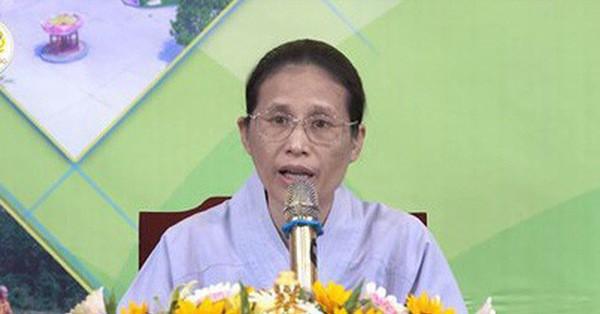 Bà Yến chùa Ba Vàng gây sốc vì lý giải mắc bệnh phụ khoa là do... kiếp trước tà dâm