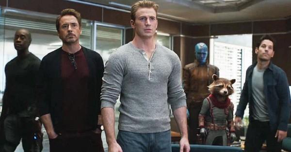 ''Avengers: Hồi kết'' bất ngờ tung clip dài 60s: Thanos trở lại, Iron Man được cứu sống