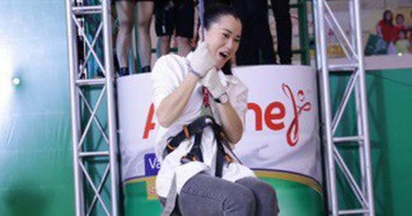 Lâm Vỹ Dạ gây ngỡ ngàng với màn bay nhảy bất chấp tuổi tác