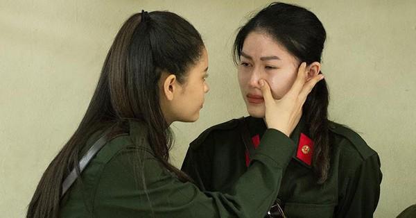 Sau Phương Oanh lại đến lượt Ngọc Thanh Tâm sưng húp mặt mày, khóc nức nở trên show thực tế