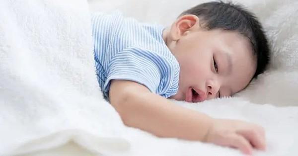 Hiểm họa trong đêm: Đệm ngủ có thể giải phóng chất độc liên quan tới bệnh ung thư, nguy cơ càng cao với trẻ nhỏ