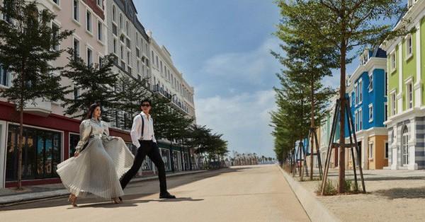 Theo chân Á hậu Dương Tú Anh khám phá góc phố mua sắm sành điệu tại Hạ Long