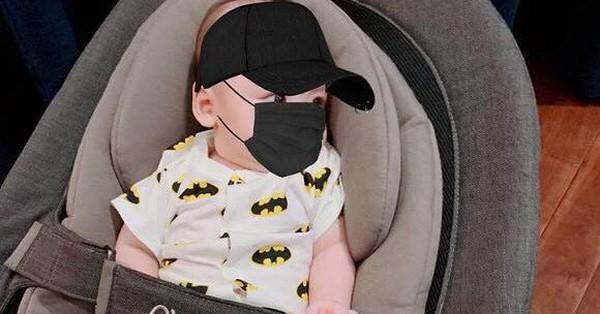Con trai lần đầu sốt mọc răng, Á hậu Dương Tú Anh thương con đến ''phát khóc'' khiến các mẹ bỉm sữa đồng cảm