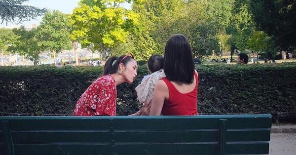 Chỉ với một hành động nhỏ, Tăng Thanh Hà được chị chồng khen nức nở