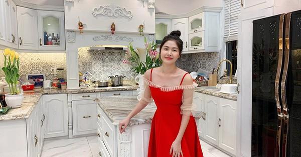 Bà xã Đăng Khôi, hot mom Thủy Anh háo hức khoe căn bếp sang xịn đúng chuẩn nhà giàu khiến hội chị em choáng váng